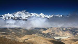 喜馬拉雅山的雪線向上移動,意味世界屋脊正在變綠,科學家認為,這一發現印證了氣候正在變暖中。