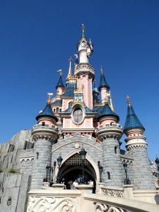 受肺炎疫情影響,全球6間迪士尼樂園關閉。